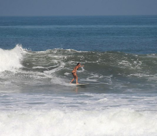 Lisi Suárz, surf Fuerteventura | Macaronesia Fuerteventura