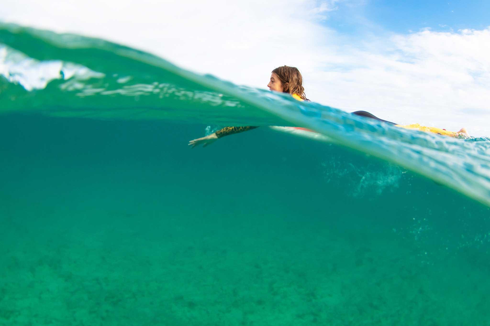 Adriana Hidalgo Fernández, a rosy future in surf | Macaronesia Fuerteventura