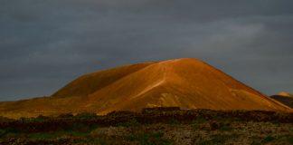 Excursión a pie Volcán Calderón Hondo   Macaronesia Fuerteventura