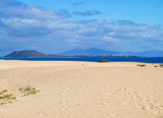 Corralejo Dunes Natural Park | Macaronesia Fuerteventura