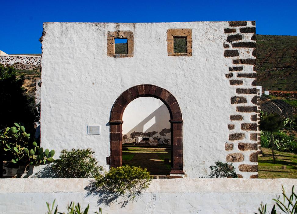 Convent of San Buenaventura, Betancuria | Macaronesia Fuerteventura