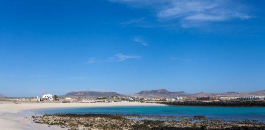 Las Playas de El Cotillo exuberantes en Semana Santa   Macaronesia Fuerteventura
