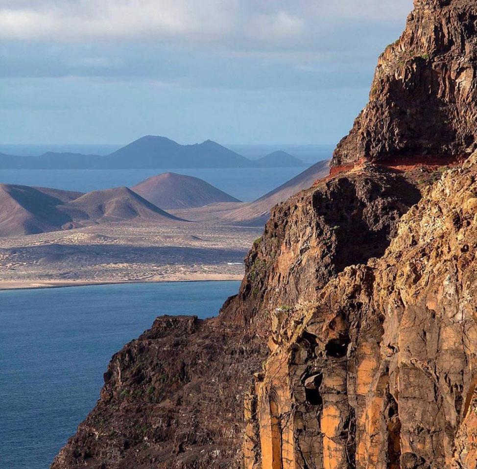 Rediscover Lanzarote and La Graciosa with Líneas Romero | Macaronesia Fuerteventura