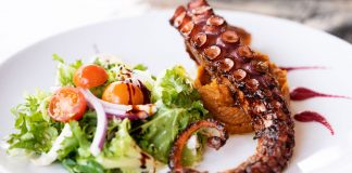 Comer y beber en El Cotillo: Olivo Corso   Macaronesia Fuerteventura