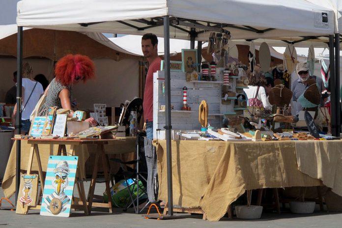 Mercado Artesanal Los Lajares | Macaronesia Fuerteventura