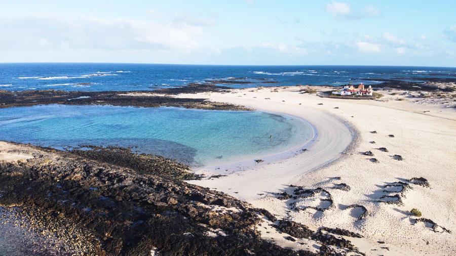 Playa de La Concha, bandera azul en El Cotillo | Macaronesia Fuerteventura