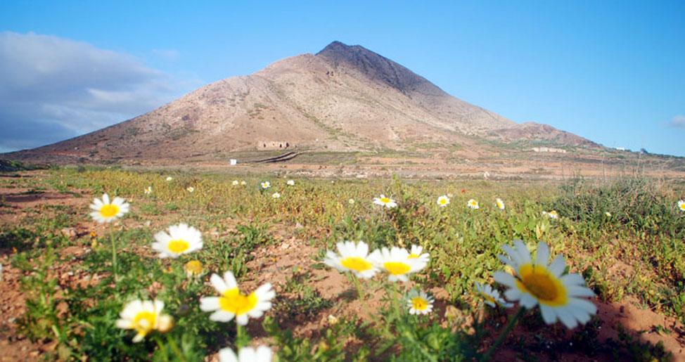 Montaña mágica de Tindaya | Macaronesia Fuerteventura