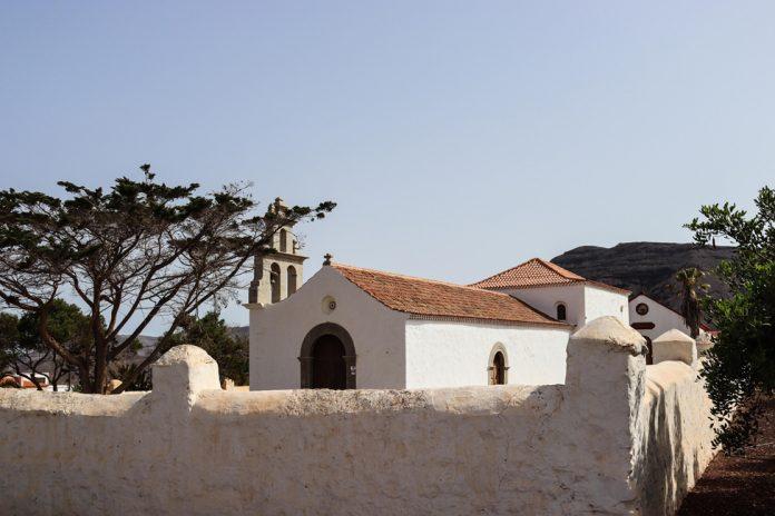 Ermita de San Pedro de Alcántara   Macaronesia Fuerteventura