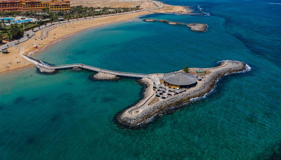 Playa de La Guirra, Caleta de Fuste, costa de Antigua   Macaronesia Fuerteventura